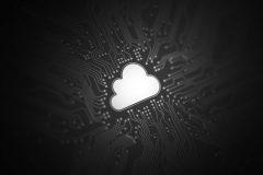 Cómo funciona la nube pública: características y ventajas