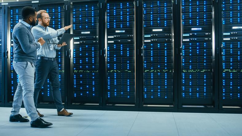 servidor hosting gratuito